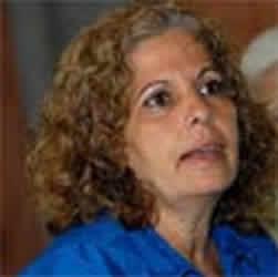 Agradece Olga Salanueva carta de Mike Farrell por Los Cinco Héroes cubanos