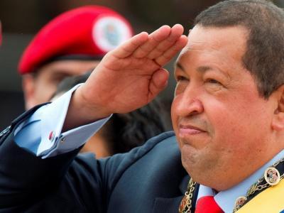Felicita Hugo Chávez a Presidente Raúl Castro por reelección