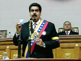 Parlamento venezolano juramentó a Maduro como presidente encargado