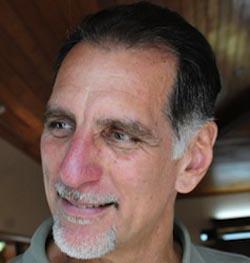 Jornada por los Cinco: participa René González en video conferencia