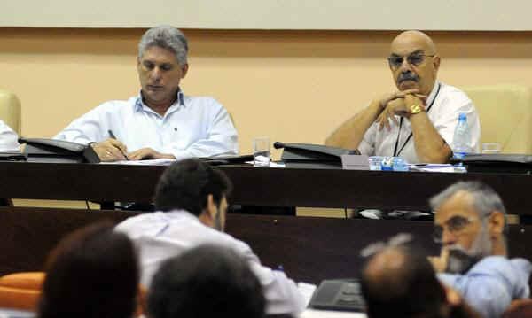 Preside Miguel Díaz-Canel sesión final del Congreso de la UPEC